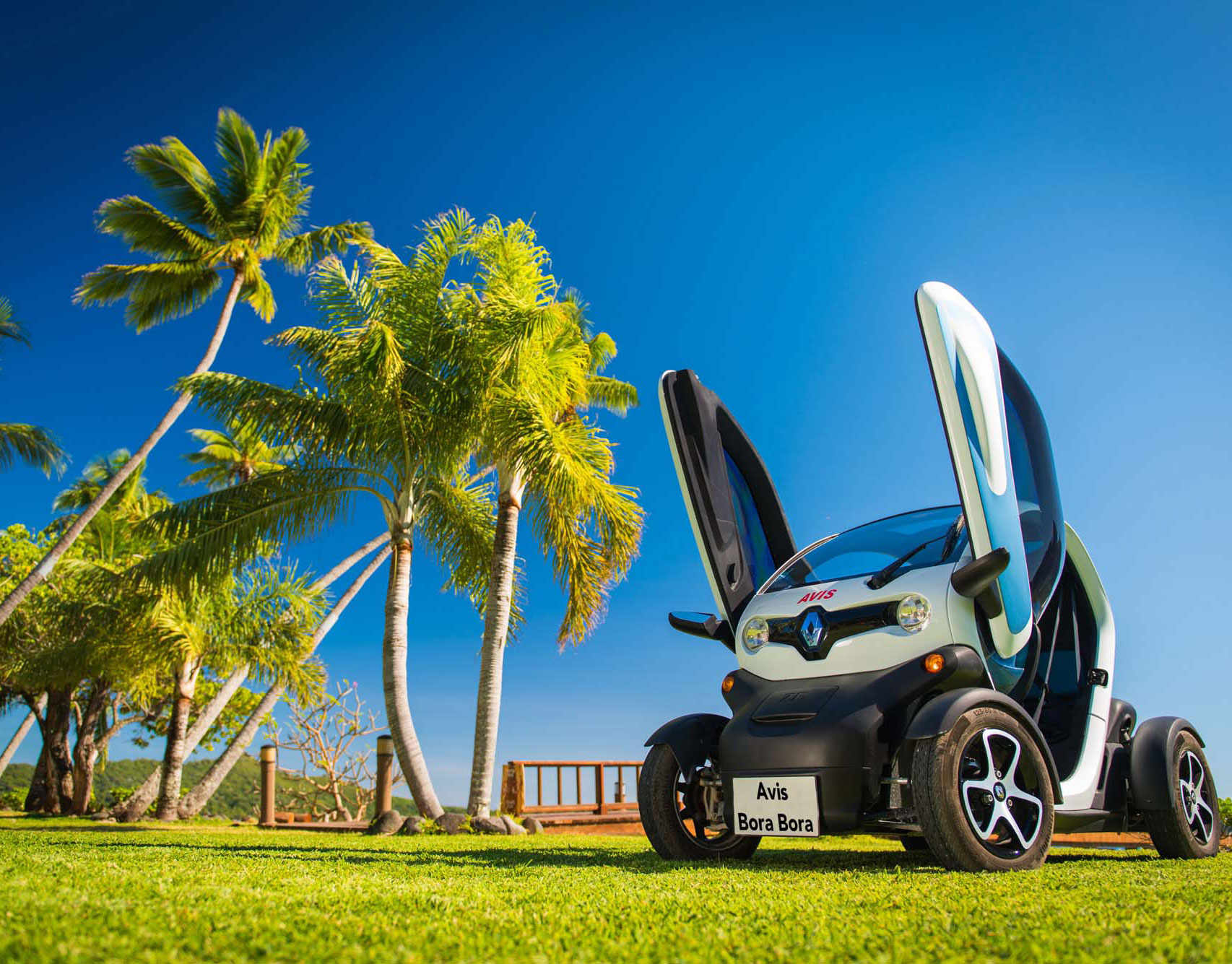 Electric Car Rental Bora Bora